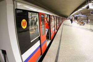 Metro nocą do czerwca