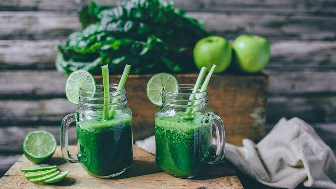 Koktajle owocowo-warzywne. <br />Sprawdź, dlaczego warto je pić